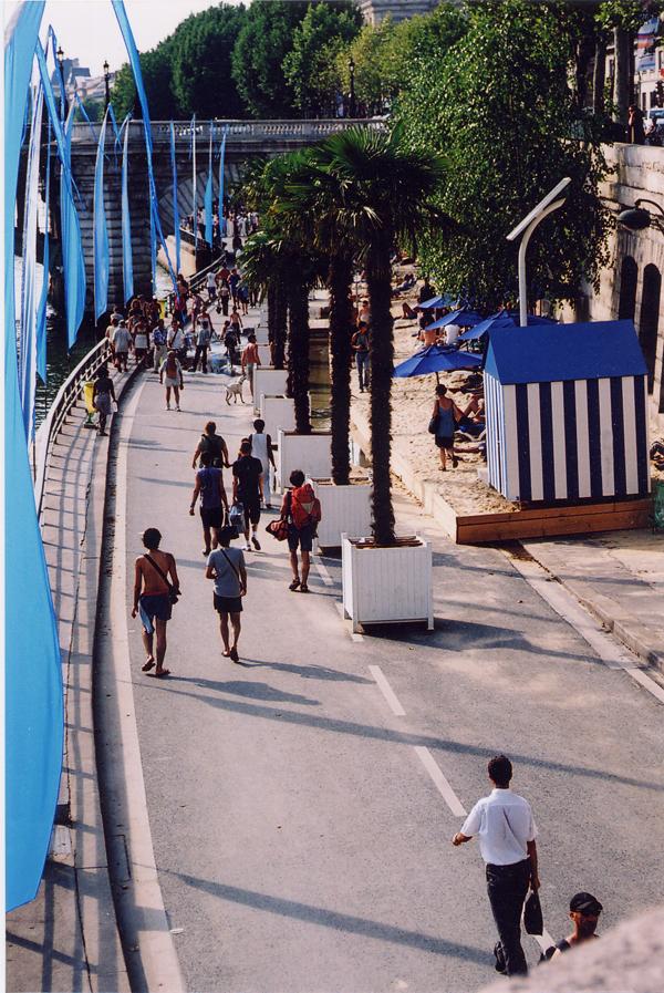 Paris plage 2004 150dpi